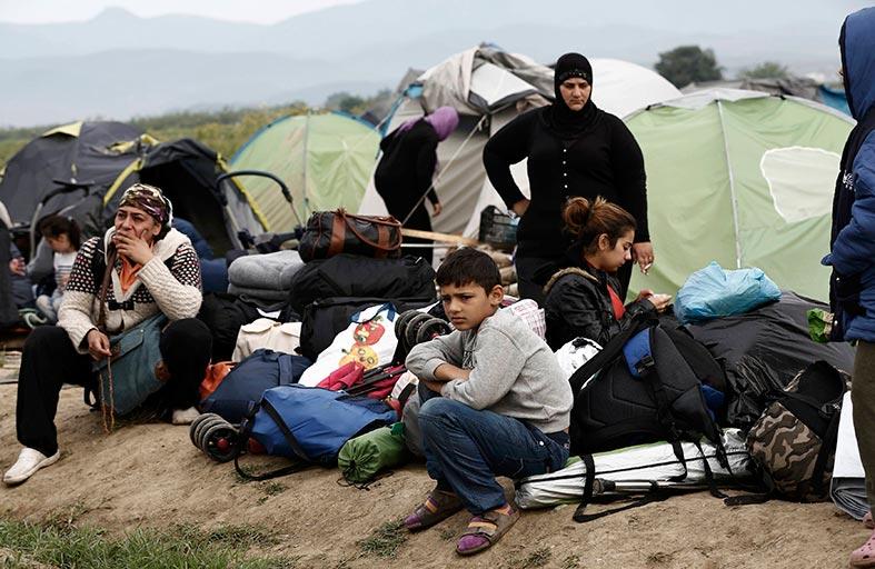 مأساة سوريا إرث داود أوغلو.. رحل هو وبقي الأسد!