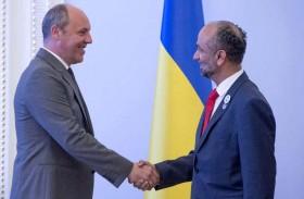 رئيس البرلمان الأوكراني يشيد بدور المجلس العالمي للتسامح والسلام