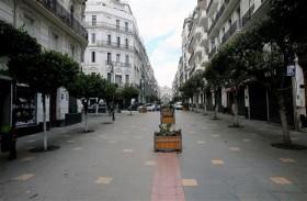 الجزائر تسمح بعودة نشاطات تجارية