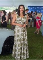 بادما لاكشمي خلال حضورها احتفال مجلة اودي آند هامبتونز في ساجابوناك ، نيويورك.   (ا ف ب)