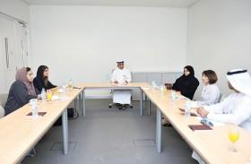 كلية العلوم بجامعة الإمارات تعقد لقاء مع وفد من