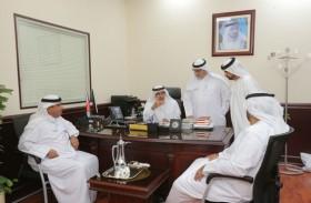 مدير عام محاكم دبي يشيد بجهود مركز الكاتب العدل في البرشاء في رفع معدلات السعادة للمتعاملين
