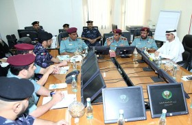 قائد عام شرطة رأس الخيمة يوصي بالاستجابة لمكالمات الجمهور
