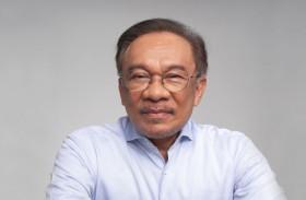 الحزب الحاكم في ماليزيا يجدد دعمه لأنور إبراهيم