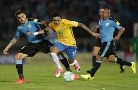 البرازيل تكتسح الأوروغواي وميسي ينعش الارجنتين