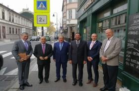 وفد جامعة الشارقة يلتقي حاكم مقاطعة مورافيان سيليسيان بجمهورية التشيك