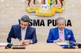 الإمارات وماليزيا توقعان مذكرتي تفاهم بشأن المشاورات السياسية وإنشاء لجنة مشتركة للتعاون