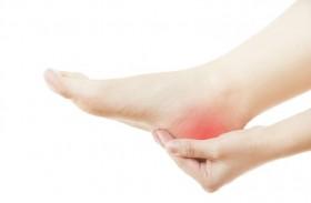 طرق معالجة آلام القدم ومسمار الكعب