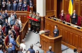 ارتباك في أوكرانيا بعد تنصيب الرئيس الجديد...