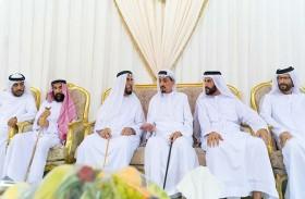 حاكم عجمان يقدم التعازي في شهيد الوطن خليفة الخاطري