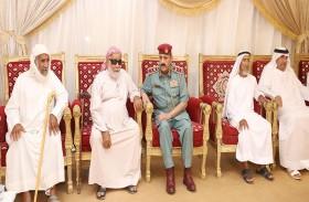 قائد عام المنطقة الأمنية بالفجيرة يعزي أسرة الشهيد الحساني
