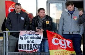 إضراب فرنسا يشكل اختبارا صعبا للحكومة