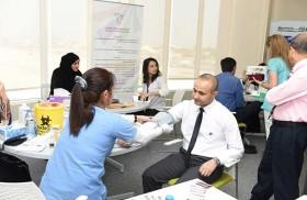 إدارة التثقيف الصحي تنظم يوما صحيا في بنك الشارقة