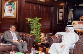رئيس مجلس أمناء «سقيا الإمارات» يستقبل قنصل عام سنغافورة