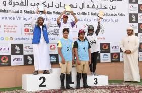 حمدان وزايد بن محمد بن خليفة يكرمان الفائزين بكأسهما للقدرة والتحمل في بوذيب