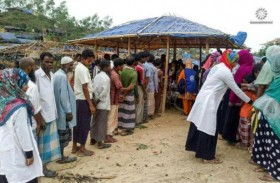 دمار في مخيمات الروهينغا بعد الإعصار في بنغلادش