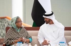محمد بن زايد يبحث مع رئيسة وزراء بنجلاديش علاقات التعاون والقضايا ذات الاهتمام المشترك