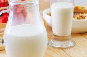كم كوباً من الحليب يحتاجه الجسم بعد الـ 50؟