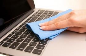 كم مرة عليك تنظيف لوحة المفاتيح ؟