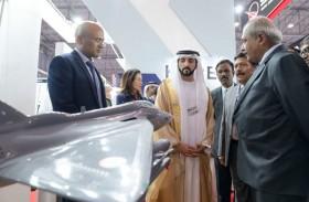 حمدان بن محمد بن راشد يطلع على آخر التقنيات في معرض دبي الدولي للطيران