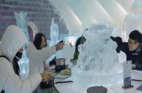 مطعم جليدي يجذب الزوار بـ الطبق الساخن