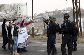 الصحة الفلسطينية: الاحتلال يستخدم أعيرة نارية متفجرة