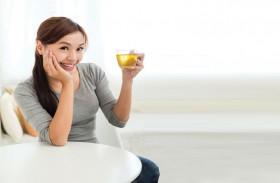 عادات صحية تحافظ على شباب البشرة