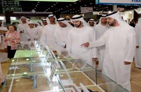 ولي عهد دبي يزور المعرض الدولي للصيد والفروسية