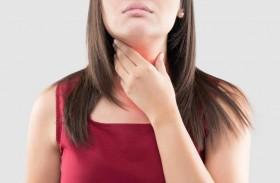 الفرق بين التهاب الحلق والتهاب الغدة الدرقية