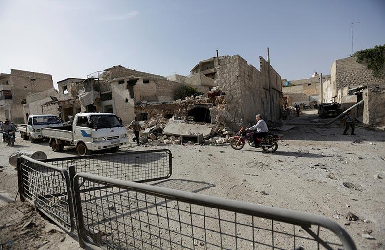سياسة أوباما تشعل سوريا وتنذر بحرب إقليمية