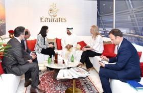 طيران الإمارات تستقبل وفدين حكوميين خلال معرض سوق السفر العربي