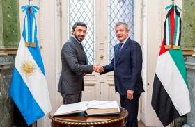 عبدالله بن زايد يلتقي رئيس مجلس النواب الأرجنتيني