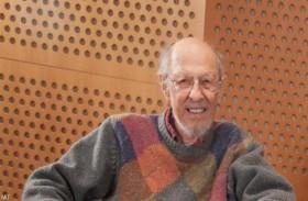 «أبو الكمبيوتر » يفارق الحياة بعمر 93 عاما