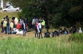 المهاجرون في فرنسا يتحملون البؤس لبلوغ انكلترا