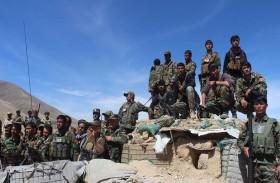 الجيش الأفغاني يغلق نقاط مراقبة بضغط أميركي