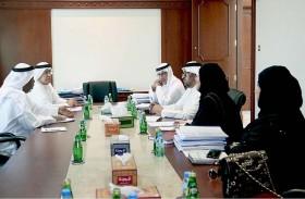 تشكيل لجنة لتقييم الأبحاث المشاركة بجائزة أفضل بحث علمي في عهد الشيخ زايد