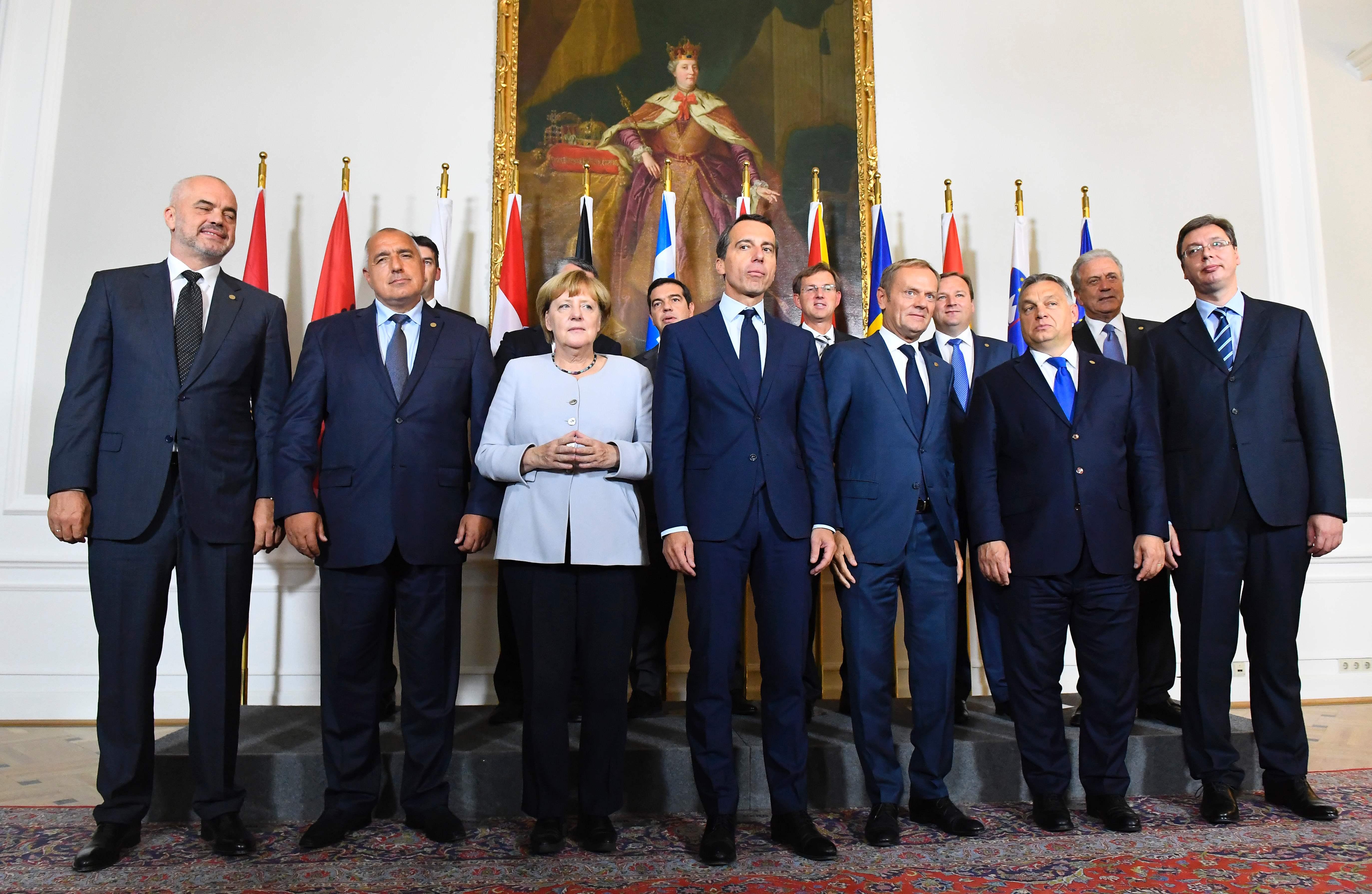 ميركل تلتقي دول «طريق البلقان» لبحث شؤون الهجرة