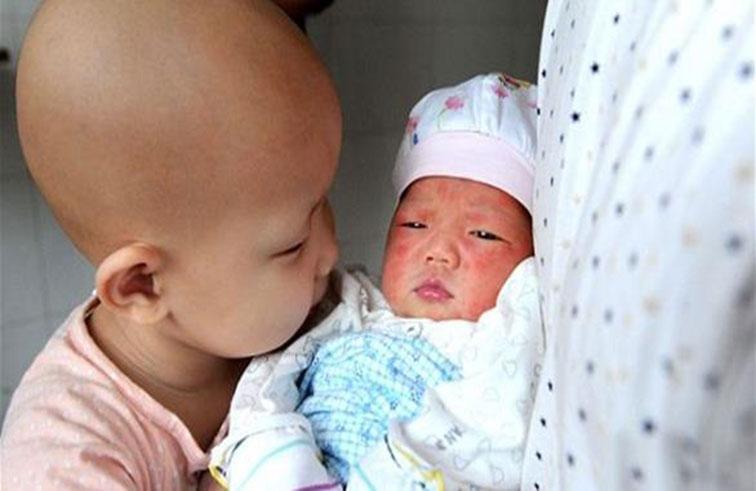 تنجب طفلاً لإنقاذ حياة شقيقته