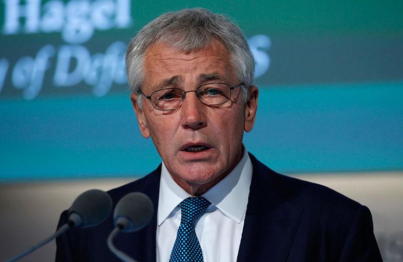 هيغل: الدبلوماسية مع إيران يجب دعمها عسكرياً