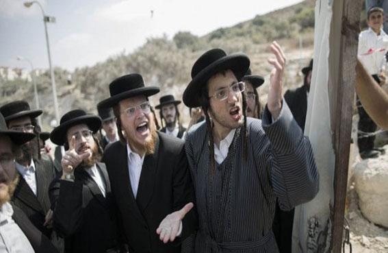 كيري يطرح اتفاقاً يعترف بيهودية إسرائيل