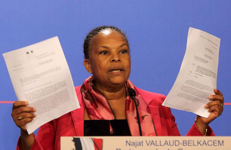 اليمين الفرنسي يطالب باستقالة وزيرة العدل