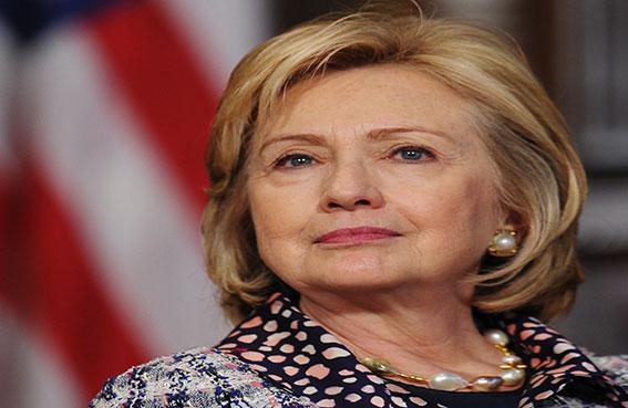 كلينتون تعارض عقوبات جديدة على إيران