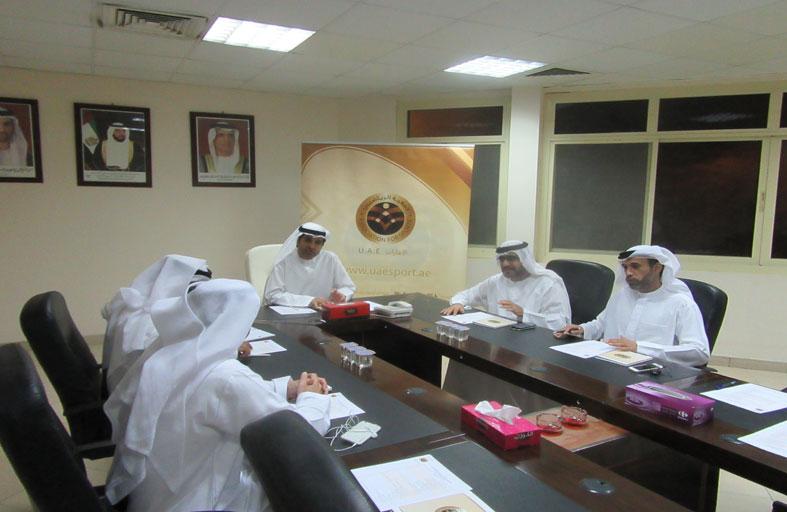 مجلس إدارة الرياضيين يعقد إجتماعه بنادي رأس الخيمة الرياضي والثقافي
