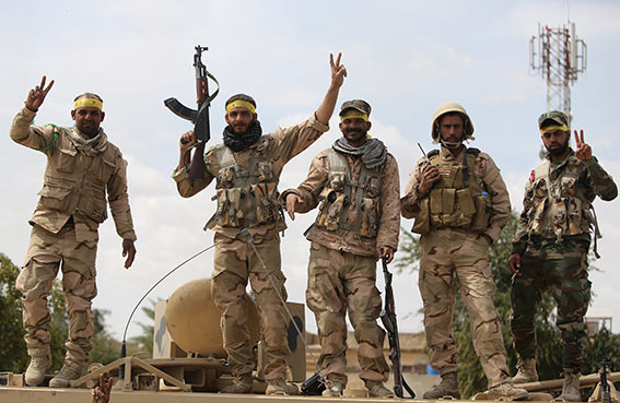 بغداد تعزز قواتها بالأنبار لمواجهة تقدم داعش