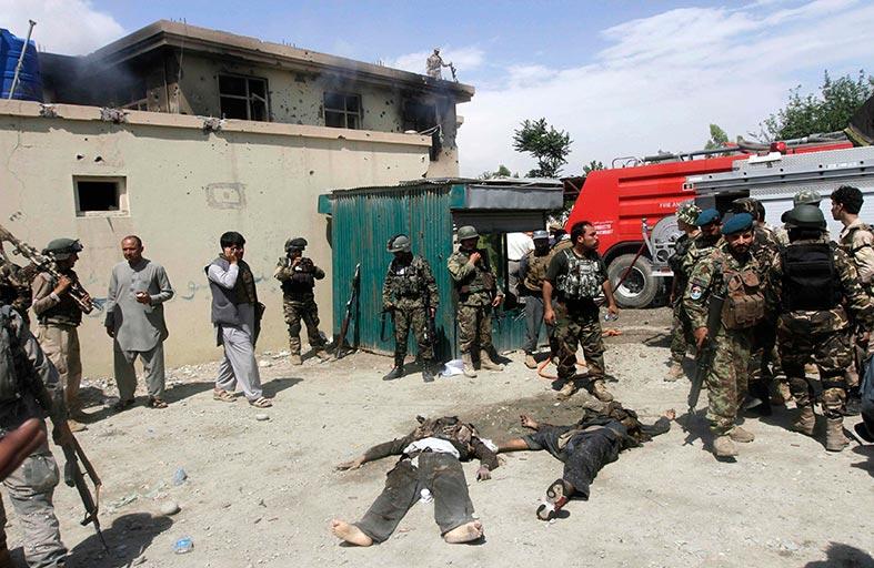 مقتل عشرات المسلحين من طالبان في أفغانستان
