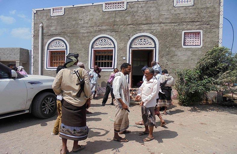 اشتباكات بين حوثيين وقوات الأمن في إب