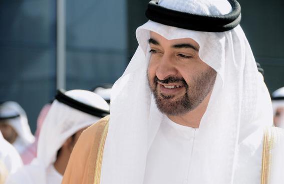 محمد بن زايد يوجه بتخصيص 3 ملايين درهم للطلبة في معرض أبوظبي الدولي للكتاب