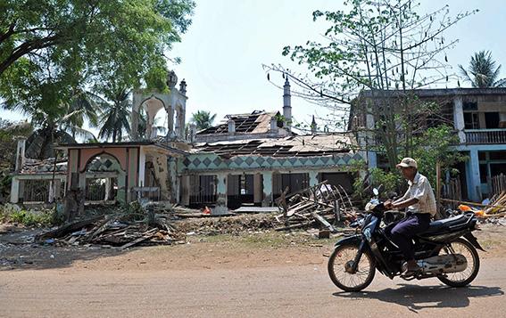 لجنة طوارئ في ميانمار لمواجهة العنف