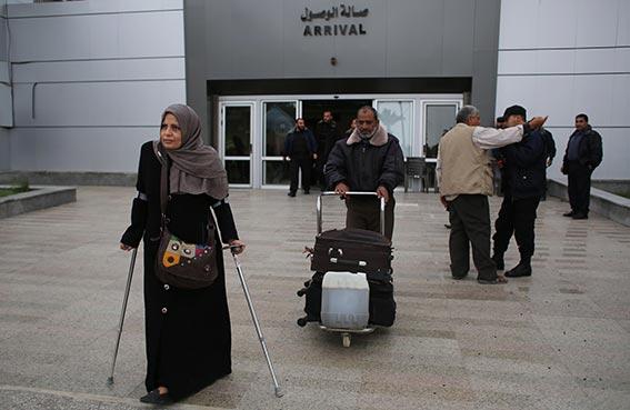 مصر تعيد فتح معبر رفح مع غزة