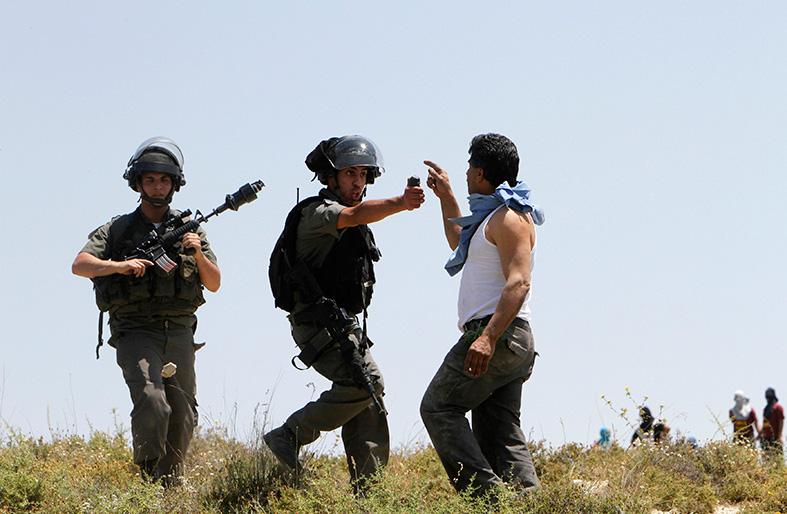 إسرائيل ترفض التفاوض مع الفلسطينيين على حدود 67